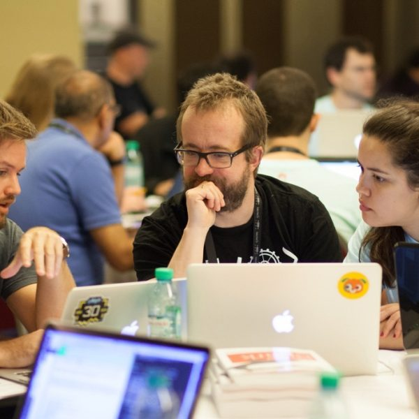 IETF 100 Hackathon: Apportant de l'innovation et un code fonctionnel au IETF Thumbnail