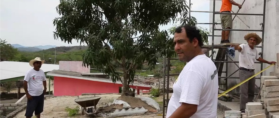 DIY Internet in Cacahuatepec: The Stakes Have Never Been Higher Thumbnail