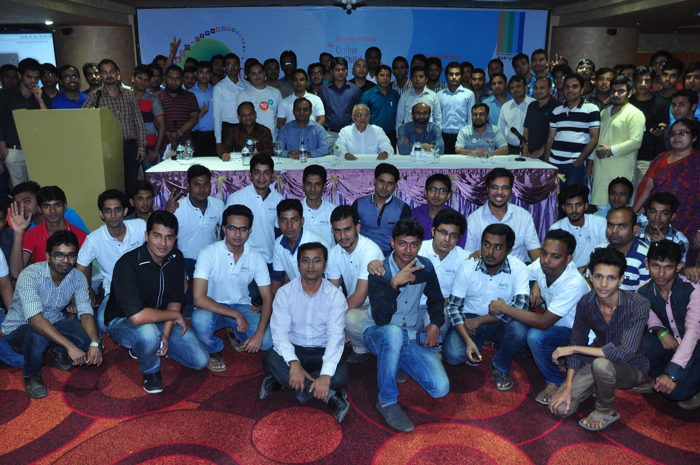 AIS Dhaka reflects on responsible use of social media in Bangladesh Thumbnail