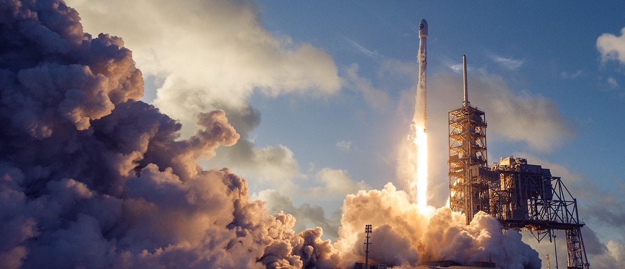 SpaceX Gets US Approval to Launch Space-Based Broadband Service Thumbnail