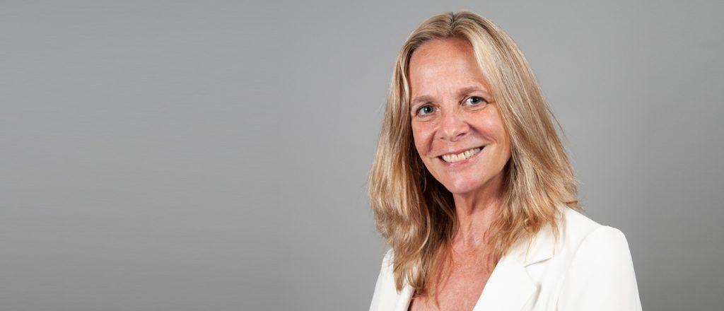 La Internet Society nombra a Sarah Armstrong como directora ejecutiva de la Internet Society Foundation Thumbnail