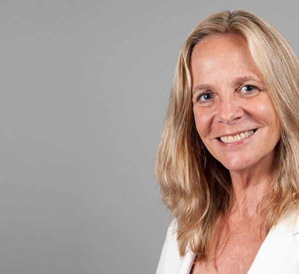 L'Internet Society nomme Sarah Armstrong directrice exécutive de la Fondation Internet Society Thumbnail