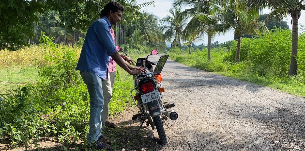 La comunidad lambada de Tamil Nadu ya está conectada a Internet Thumbnail