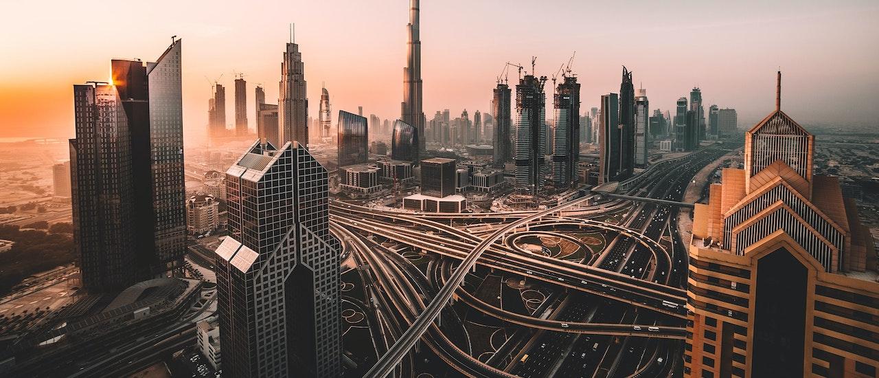 Comment la méthode de travail «Internet» a aidé le Moyen-Orient et l'Afrique du Nord à tirer profit des avantages sociaux et économiques Thumbnail