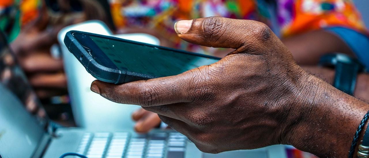 Una alianza para promover los derechos digitales y el desarrollo de Internet en África Thumbnail