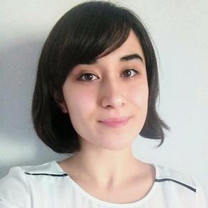 Idil Kula headshot